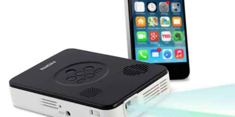 Smartphone-Pocket-Projector