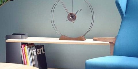 Aire-Table-Clock