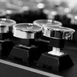 Retro-Mechanical-Keyboard