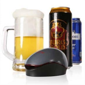 Portable-Automatic-Beer-Foamer with canned beers