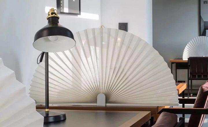 Fan-Desk-Divider