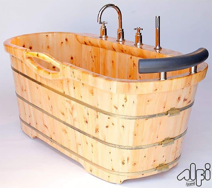 Cedar Wood Bathtub