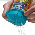 easily drains water and oil