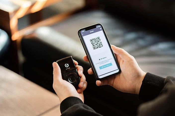 D'CENT Biometric Cryptocurrency Wallet