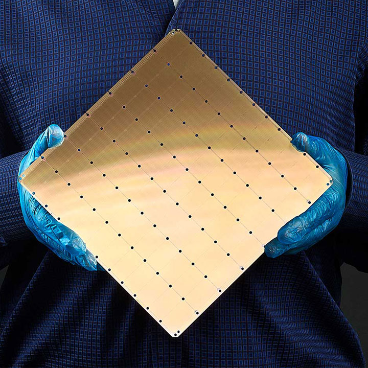 Cerebras-New-Trillion-Transistor-Chips-will-Turbo-Charge-'Brain-Scale'-AI